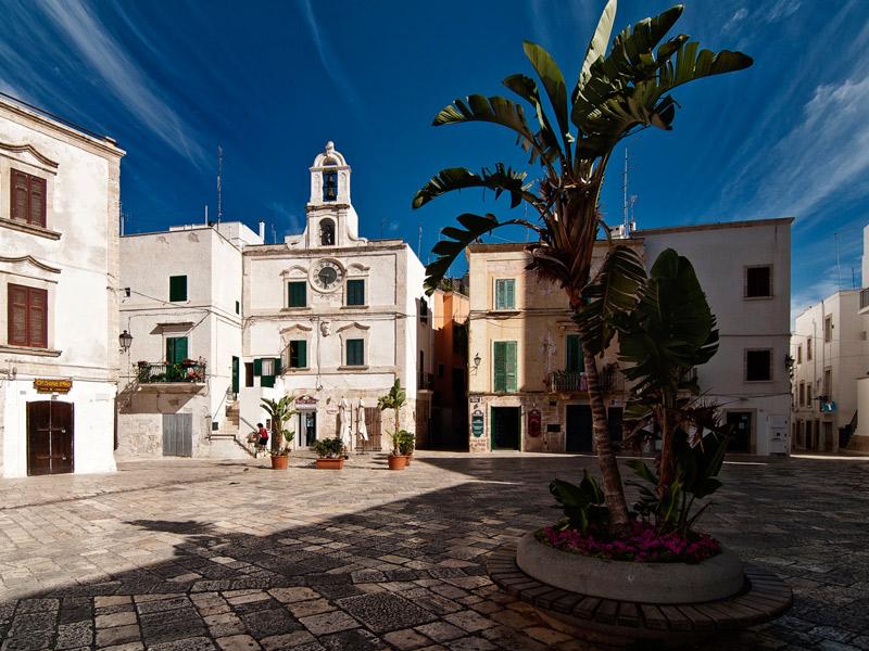 Polignano a Mare é a pérola do Adriático - centro histórico