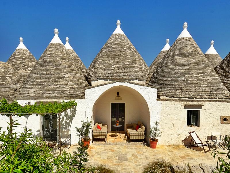 5 motivos para conhecer a Puglia - Casas trulli do Valle d'Itria