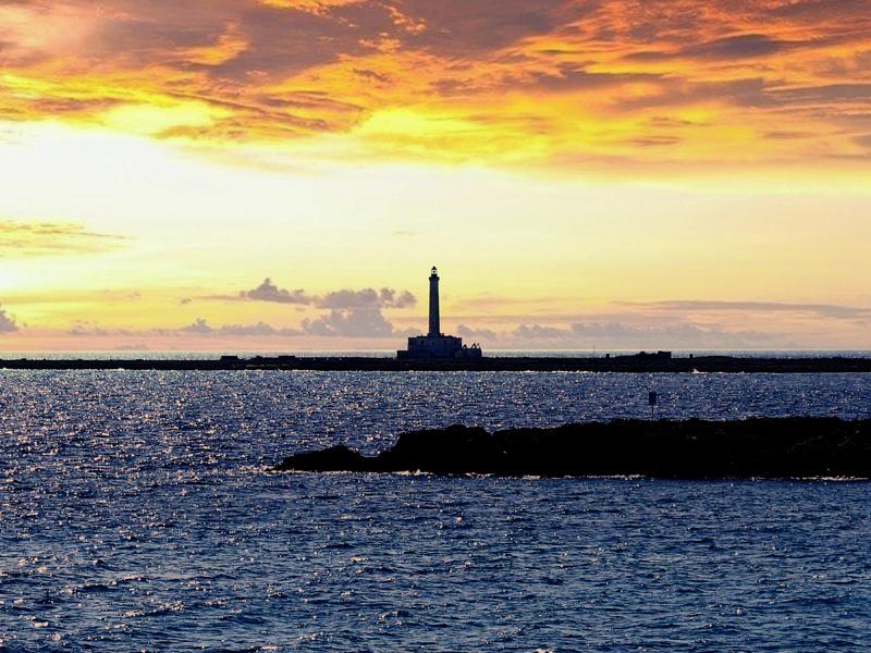 O Farol da Ilha de Sant'Andrea em Gallipoli