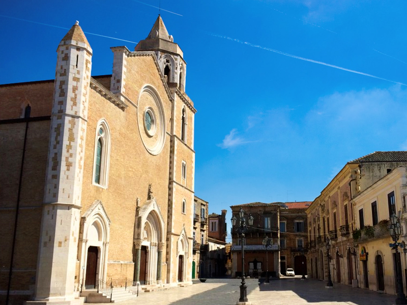 Centro histórico de Lucera, Piazza del Duomo