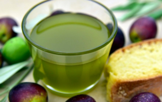 Azeitede oliva extra virgem da Puglia