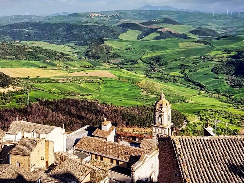 o panorama de SantAgata di Puglia